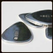 Treasure Tones - Platinum - 1 Guitar Pick | Timber Tones